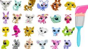 Why Are Animals Color Blind Lps Mystery Surprise Blind Bags Paint Splashin Pets