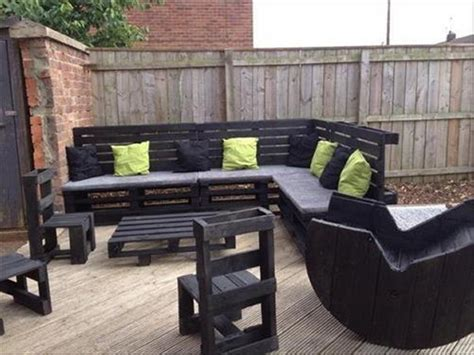 couch made with pallets diy pallet sofa ideas and plans pallet ideas recycled