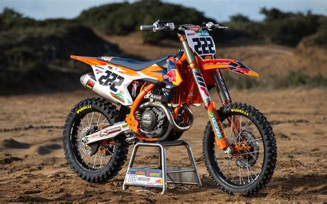 red bull motocross photo gallery antonio cairoli s red bull ktm450sxf dirt