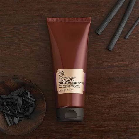 Masker Charcoal cara merawat kulit tubuh dengan masker charcoal