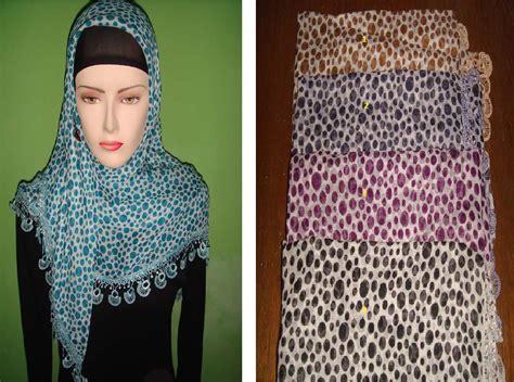 Jilbab Segi Empat Bolak Balik Motif kreasi memakai jilbab polos sederhana 2013 cara memakai jilbab polos sederhana dan mudah