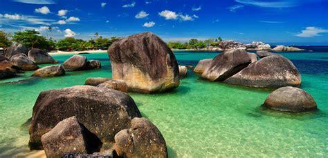 Paket Wisata Negeri Laskar Pelangi Bangka Belitung belitung cakrawala tour and travel 187 pantai tanjung tinggi