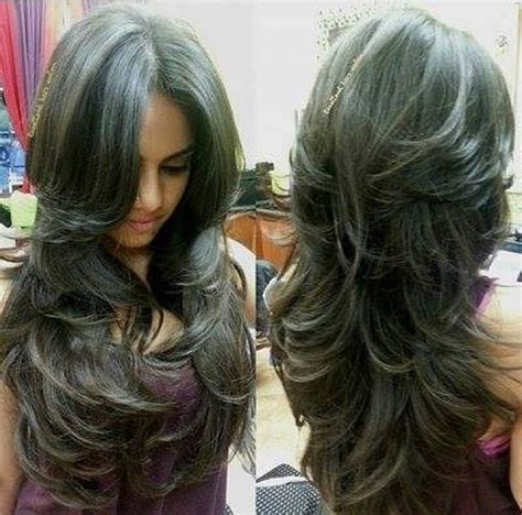 my hair under top layer is wacy 25 best ideas about wavy layered hair on pinterest wavy