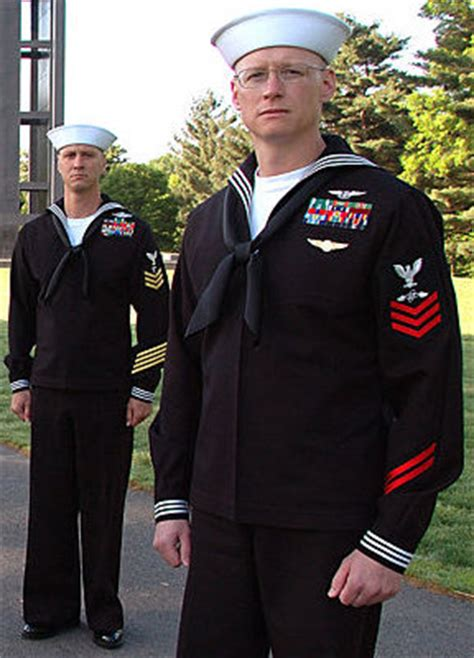 boatswain vs quartermaster why does the navy enlisted wear their rank only on the
