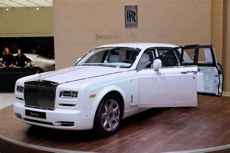 auto roll royce rolls royce motor cars brings serenity to the geneva