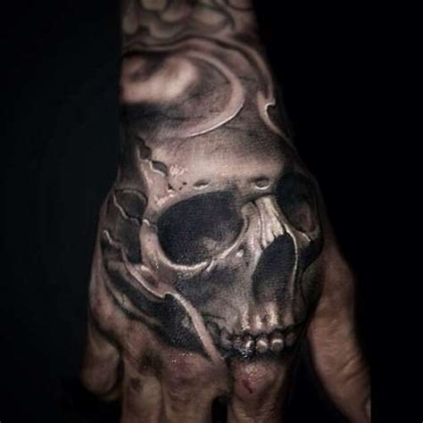 skull tattoo on hand free tattoos best in 2017