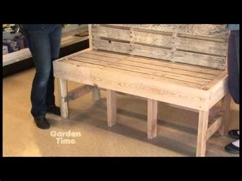 how to make a bench from pallets parr pallet bench youtube