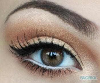 Eyeliner White Pixy by Big In 2 Steps 1 Put White Eyeliner In Your Lower