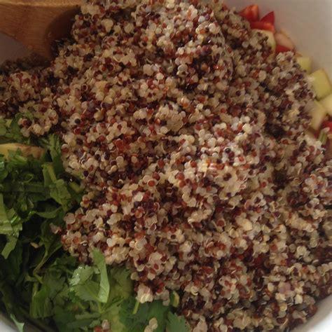 tri color quinoa bob s mill tri color quinoa goodcookbecky s