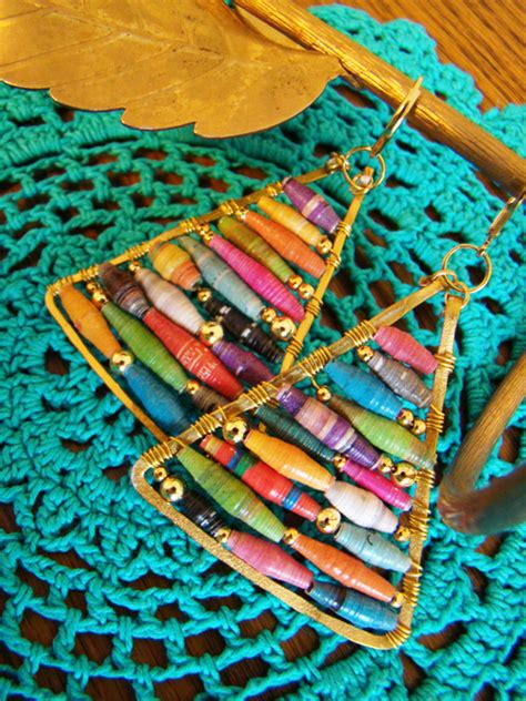 Paper Bead Crafts - make anthropologie inspired rolled paper bead earrings