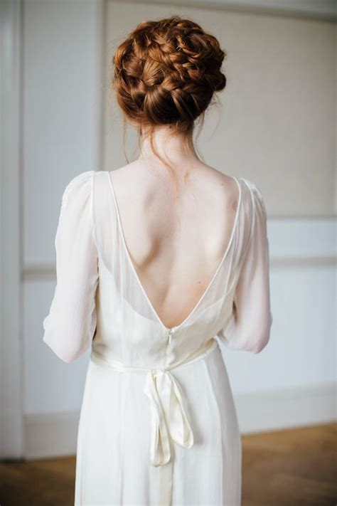 Wedding Hairstyles For Low Back Dresses by 34 Fall Wedding Hair Ideas That Inspire Weddingomania