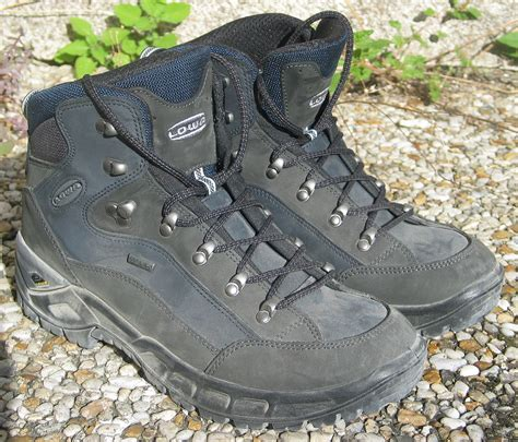 biking boots hiking boot