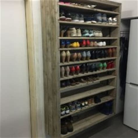 Rack Room Shoes Chattanooga Tn by 20 Shoe Storage Cabinets That Are Both Functional Stylish