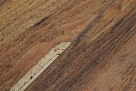 How to Replace Damaged Laminate Flooring Planks
