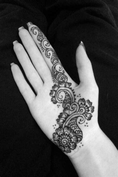 henna tattoo designs palm flower palm henna henna hennas palm and