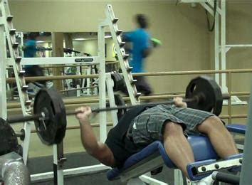 world record for 225 bench press most decline bench press reps with a 225 pound barbell