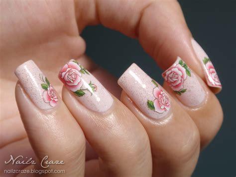 rose pattern nails delicate roses nail art nailz craze