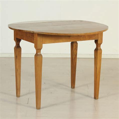 tavoli da pranzo antichi tavolo da pranzo allungabile antico tavoli rotondi sala