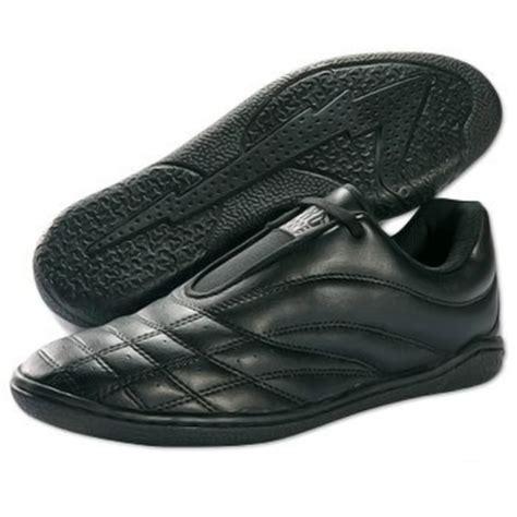 proforce lightning shoes black low price of 54 77