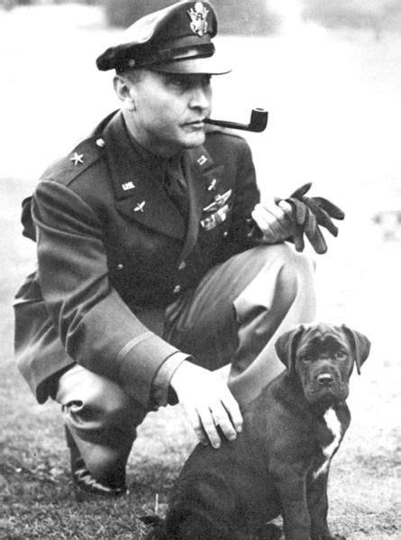 Sergeant Stubby Summary File Bg Ira Eaker Jpg Wikimedia Commons