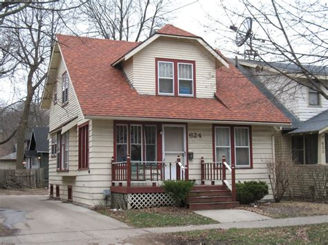 houses for rent in kalamazoo mi house for rent in 624 locust st kalamazoo mi