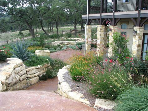 Drought Tolerant Backyard Ideas Drought Tolerant Landscaping Ideas Drought Tolerant Eriscape Front Yard No Lawn With Drought