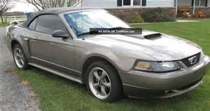 2001 ford mustang gt convertible 2 door 4 6l