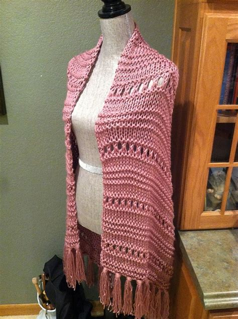 triangle prayer shawl patterns free easy eyelet stitch prayer shawl my designs pinterest