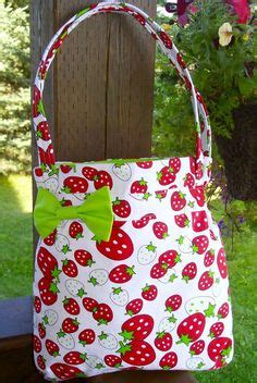 Kain Cotton Japan Strawberry sweet strawberries on strawberry kitchen