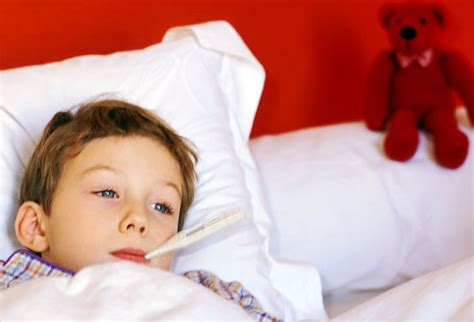 how do i if my has a fever cold flu treatment slideshow medication and home remedies for children