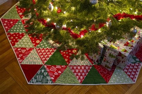 pattern for a christmas tree skirt 20 free quilted christmas tree skirt patterns guide patterns