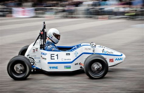 Electric Car Breaks Acceleration World Record Academic Acceleration Students Ev 0 60 Record