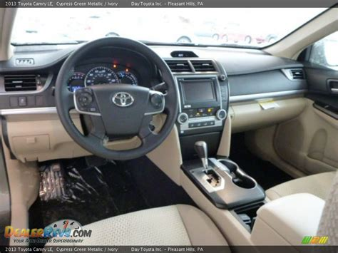 2013 Toyota Camry Interior Ivory Interior 2013 Toyota Camry Le Photo 15