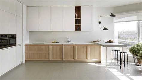 decorar cocina roble cocina blanca madera moderna imagenes decoracion suelo con