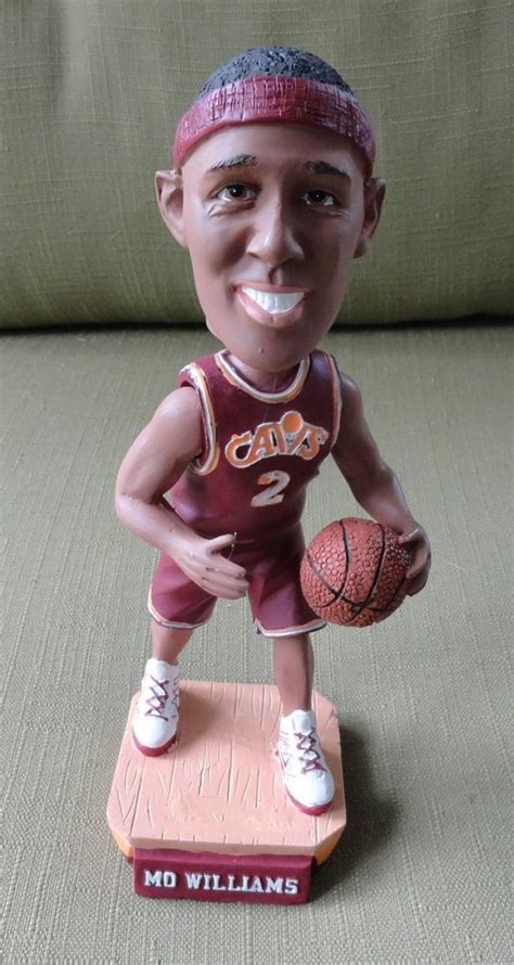 d mo bobblehead 1000 images about sports bobbleheads nodders and