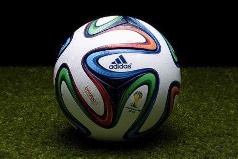 show 3d pour la pr 233 sentation de brazuca ballon officiel