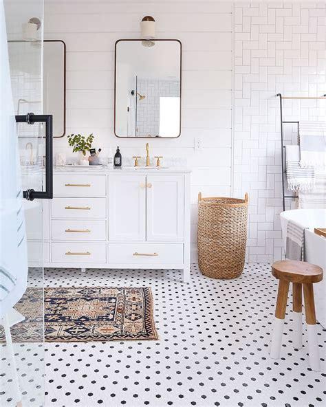 winzige badezimmer designs die besten 25 kleine badrenovierungen ideen auf