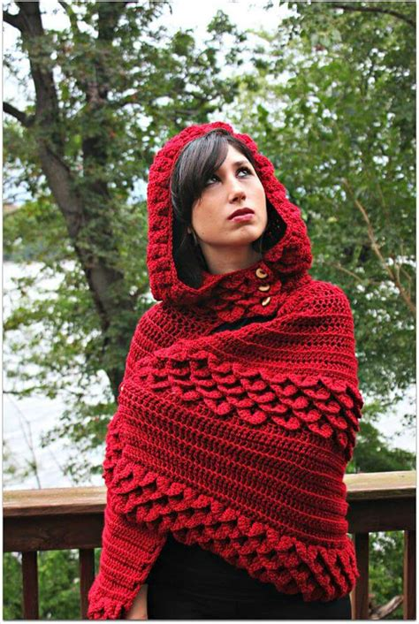 free pattern hooded cape crochet hooded cape 101 crochet
