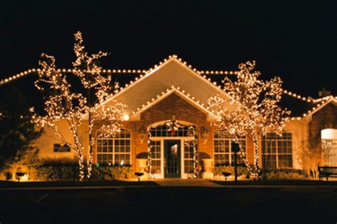 christmas decorated houses outdoor christmas decorations beautiful christmas