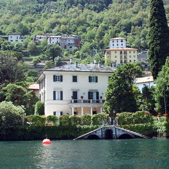 george clooney home in italy pin by sandra squeglia on beautiful lake scenes pinterest