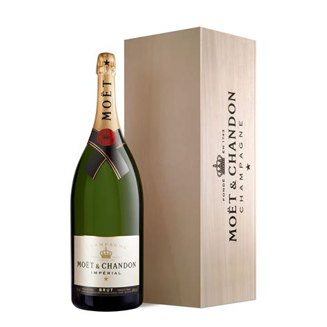 moet and chandon imperial brut chagne gift boxed 75cl