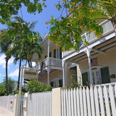 Duval House In Key West Hotel Rates Reviews In Orbitz