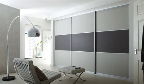 Designer Fitted Bedrooms Contemporary Sliding Door Wardrobes Iwardrobes Co Uk