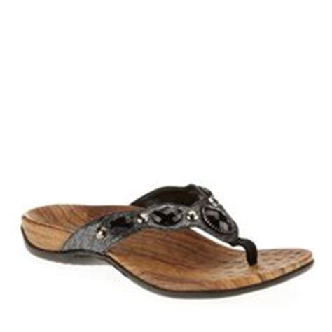 most comfortable flip flops with arch support orthaheel talia sandals comfy feet pinterest