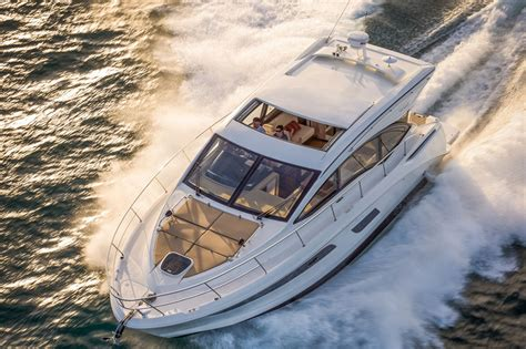 sea ray boat builder top 10 cruisers of 2016 boats
