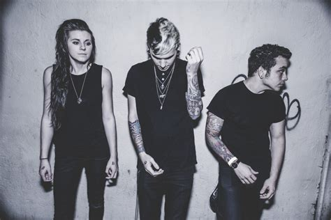 Chandelier Live Pvris Releases Holy The Empty Room Sessions Ribbit Tv