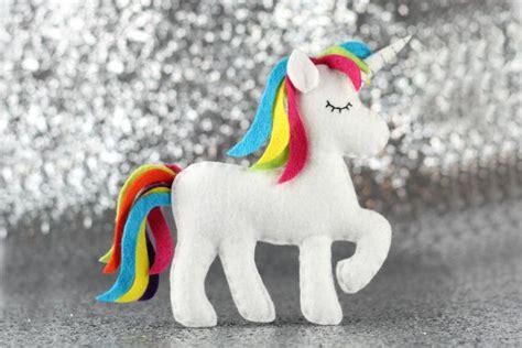 unicorn toy pattern best 25 toy unicorn ideas on pinterest crochet unicorn