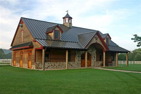 Barn Style House by Barns And Buildings Quality Barns And Buildings Horse