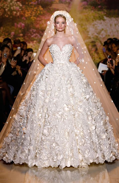 Stylish Wedding Dresses & Evening Bridal Gowns in Dubai