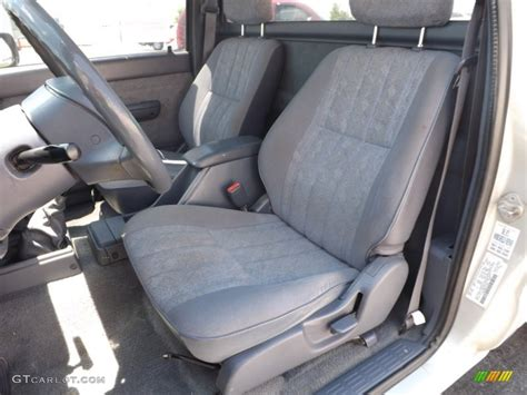 tacoma front bench seat 2000 toyota tacoma regular cab front seat photo 82040703
